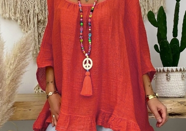 Summer Linen Blouse With Three-Quarter Sleeve